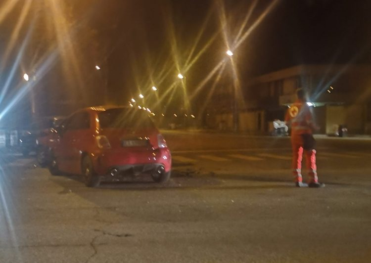 MONCALIERI – Incidente in strada Palera: due feriti