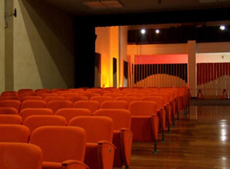 MONCALIERI – Nuovo appuntamento al teatro Dravelli per domenica 17