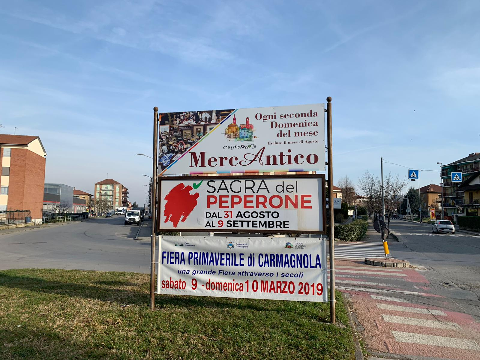 CARMAGNOLA – Nuova cartellonistica per il Mercantico