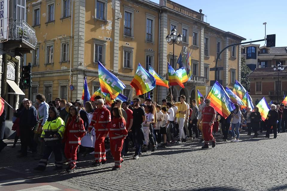NICHELINO – Grande partecipazione alla marcia della pace