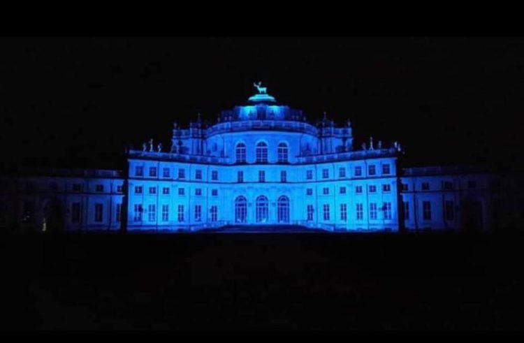 NICHELINO – Oggi giornata della consapevolezza sull'autismo: palazzi pubblici diventano blu