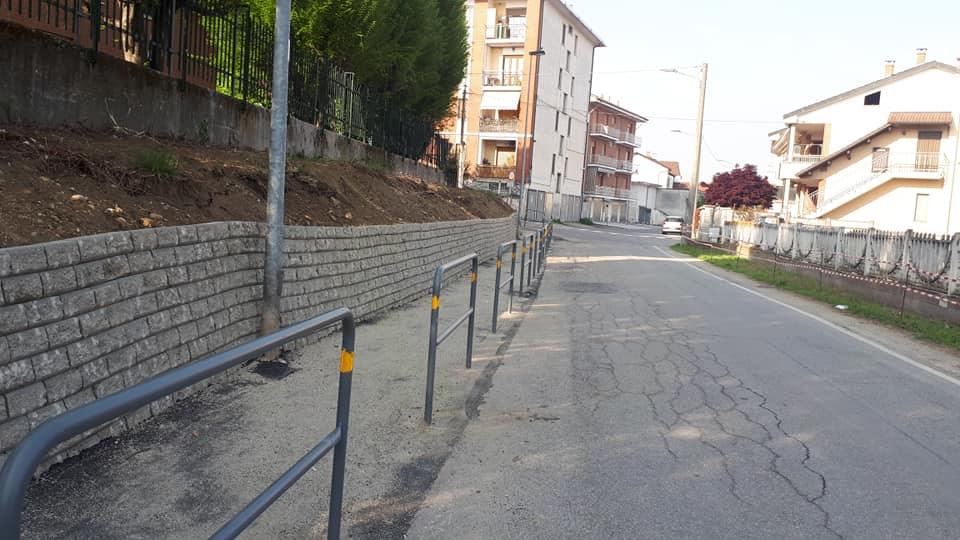 CARMAGNOLA – Terminato il nuovo percorso pedonale in via Bornaresio