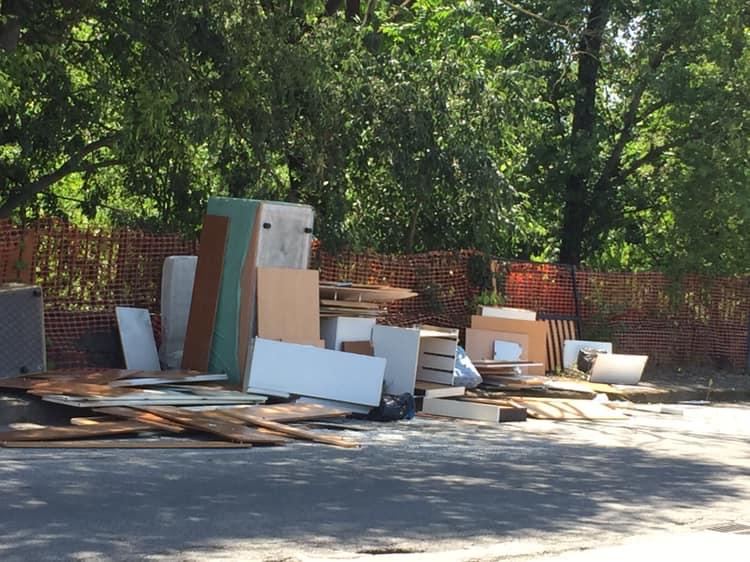 MONCALIERI – Nuova discarica abusiva in strada Vignotto