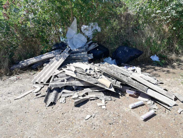 LA LOGGIA – Amianto e rifiuti pericolosi abbandonati in via Morardo