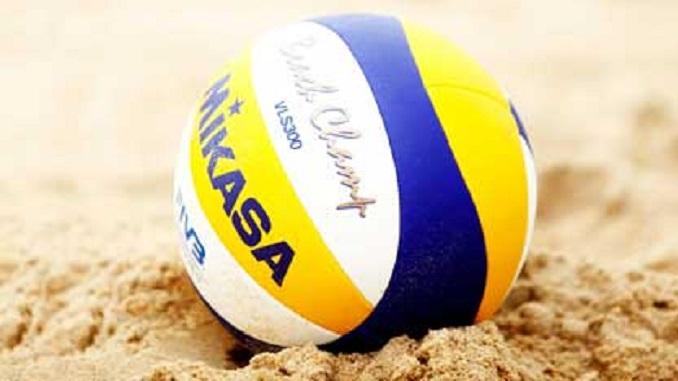 LA LOGGIA – Fino all'8 settembre il beach volley in piazza