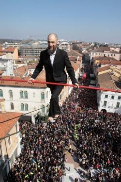 Ferragosto sul filo a Castelmagno con il funambolo Andrea Loreni e Occit'amo Festival
