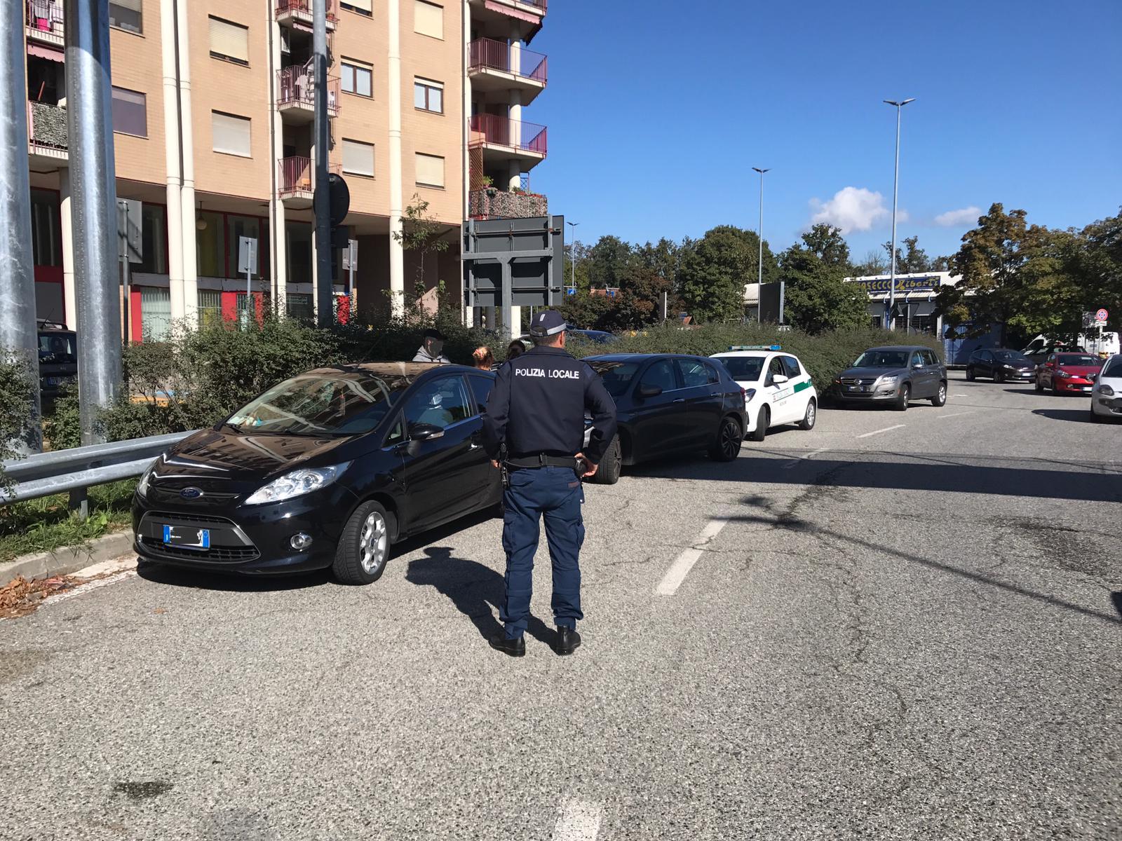 NICHELINO – Viene tamponata, ma non ha l'assicurazione. E si becca 800 euro di multa