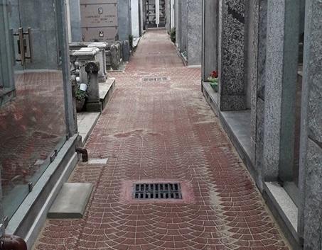 VINOVO – Riqualificato il percorso del campo C del cimitero