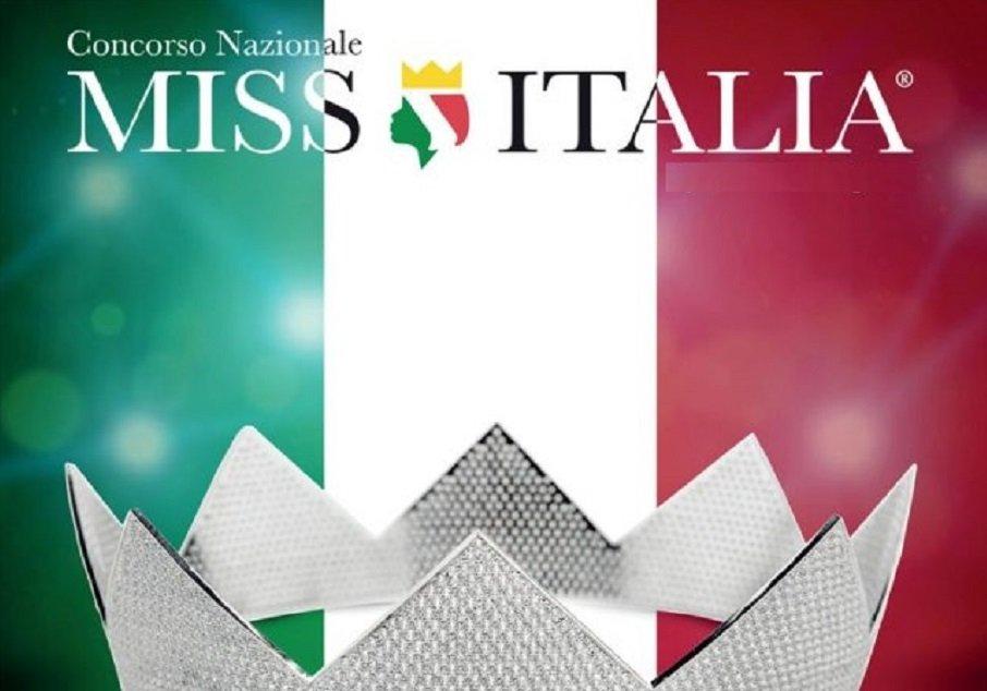 VINOVO – Casting di Miss Italia all'ippodromo