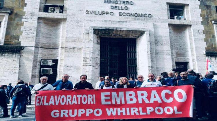 EX EMBRACO – I lavoratori organizzano un presidio a Milano