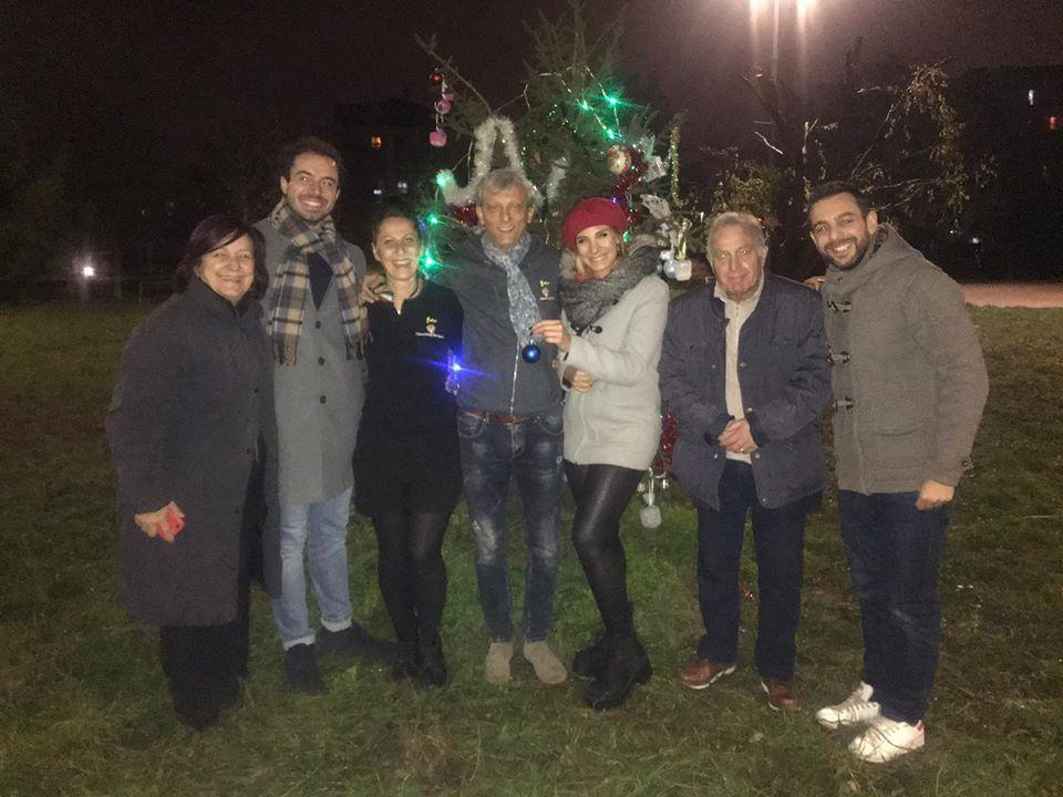 NICHELINO – Addobbi natalizi nei comitati di quartiere