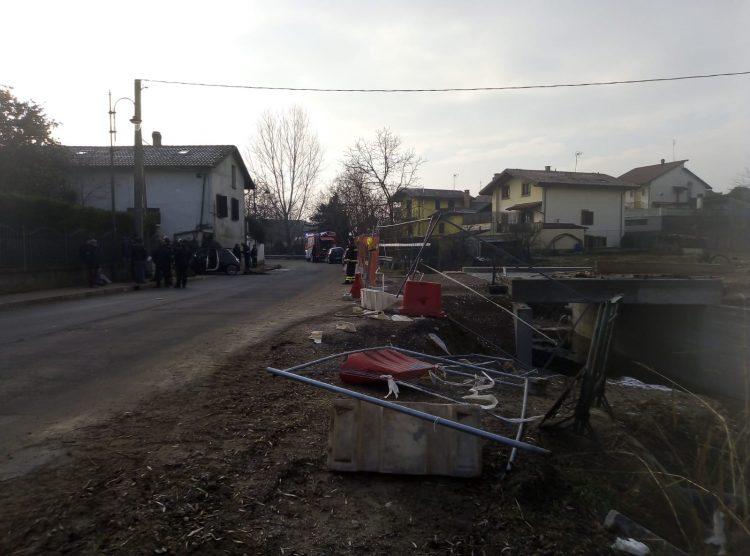 PECETTO – Scappano all'alt dei carabinieri e poi si schiantano a Trofarello