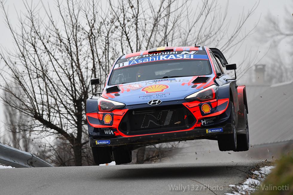 Vittoria di Neuville al Rallye Monte-Carlo