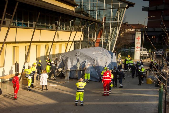 CORONAVIRUS – A Carmagnola allestitala tenda per il pre-triage