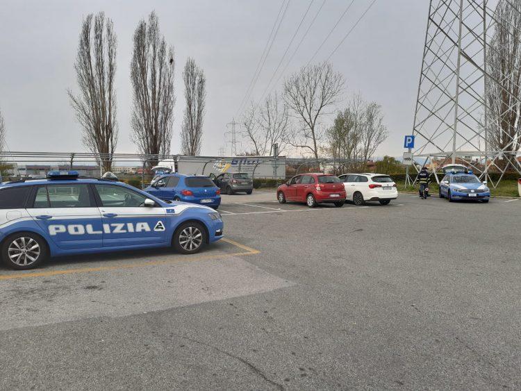 NICHELINO – Tangenziale chiusa per ore: maxi posto di controllo della polizia