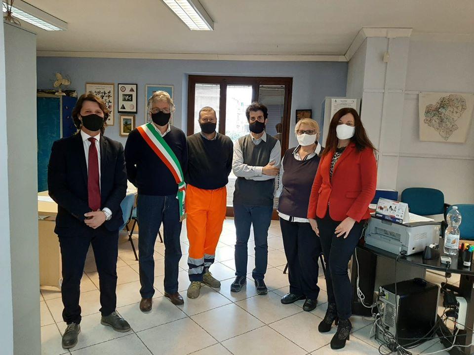 SANTENA – Cento mascherine in dono per i dipendenti comunali